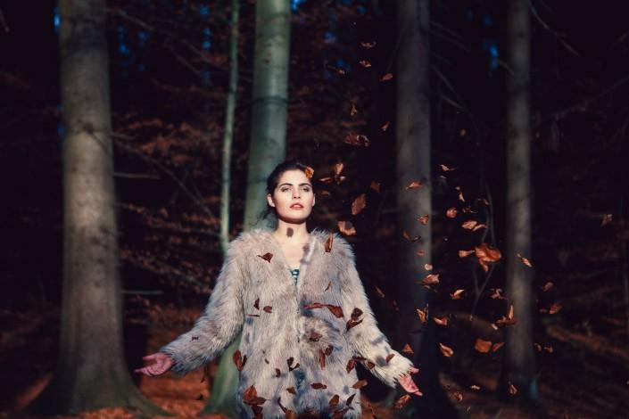 Beauty Fashion Model Portrait Nature Beautyfotografie Fashionfotografie Modelfotografie Models Mädchen Sarah Bugar Bugar Herbst